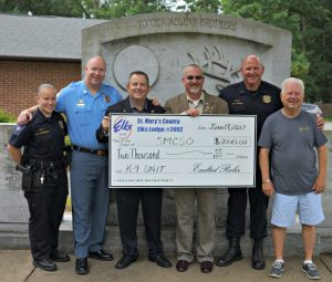 Sheriff's Office K-9 Unit Receives Donation from Elks Lodge #2092