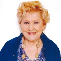 Evelia Aidee Basconnet, 83