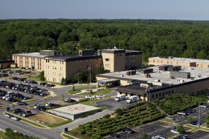 MedStar Southern Maryland Hospital Center Named in U.S. News & World Report's Best Hospitals 2017 Edition