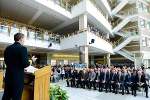Annual NAVAIR Commander's Awards Celebrate Speed, Readiness and Innovation
