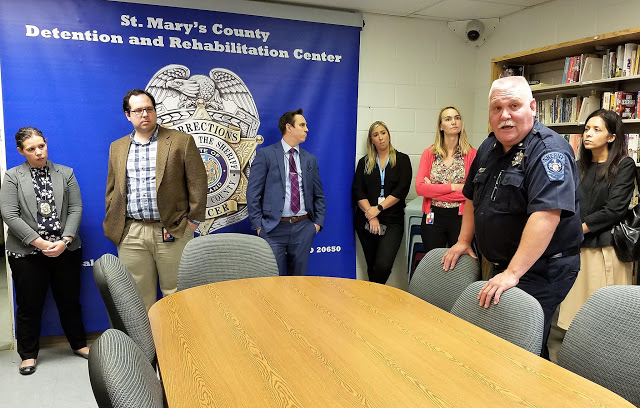 State Officials Hear Benefits of Pretrial Services