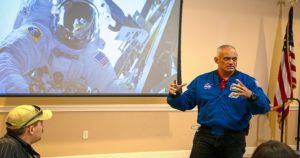 Former Astronaut Teaches the Importance of Working Hard, Diversity of Thought