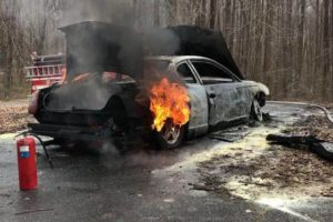 Vehicle Fire in Mechanicsville Quickly Extinguished by Firefighters