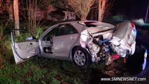 No Injuries Reported After Single Vehicle Strikes Tree on Point Lookout Road