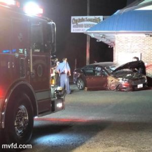 Minor Injuries Reported After Vehicle Runs into Captain Leonard's Seafood Restaurant in Mechanicsville