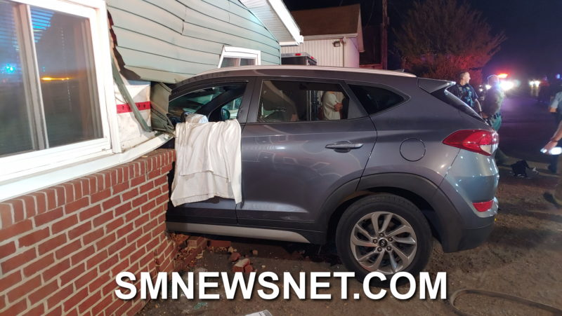 VIDEO: Three Injured After Suspected Impaired Driver Slams into The Green Door Tavern in Park Hall