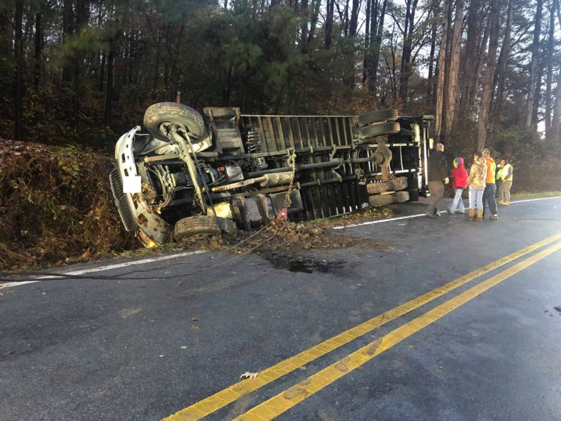 No Injuries Reported After Box Truck Rolls Over in Mechanicsville