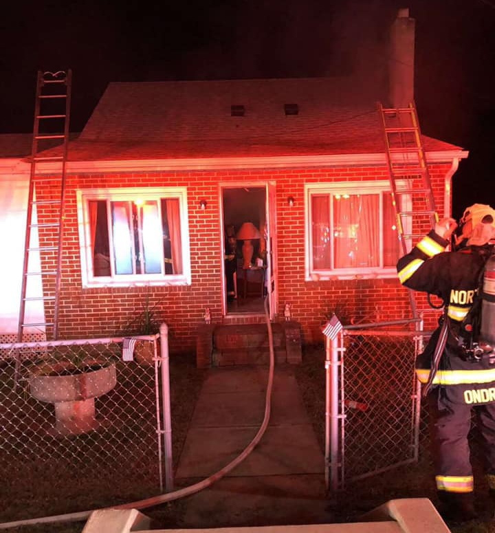 Volunteer Firefighters Quickly Extinguish Chimney Fire with Extensions in North Beach