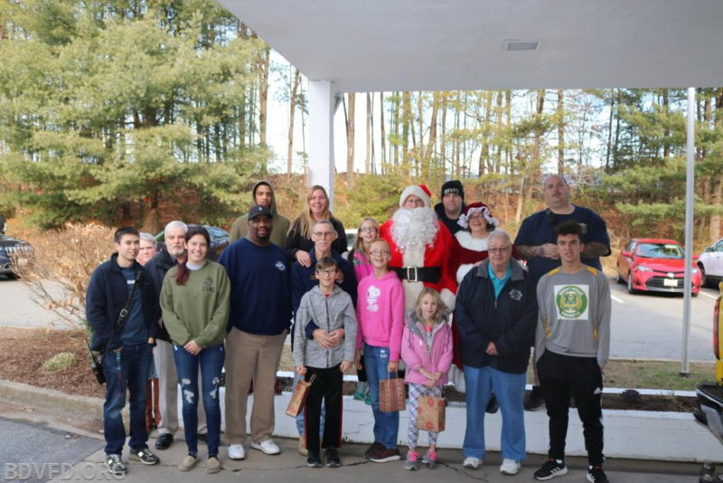 Bay District Volunteer Fire Department Continues 20 Year Tradition to Visit Chesapeake Shores for Christmas