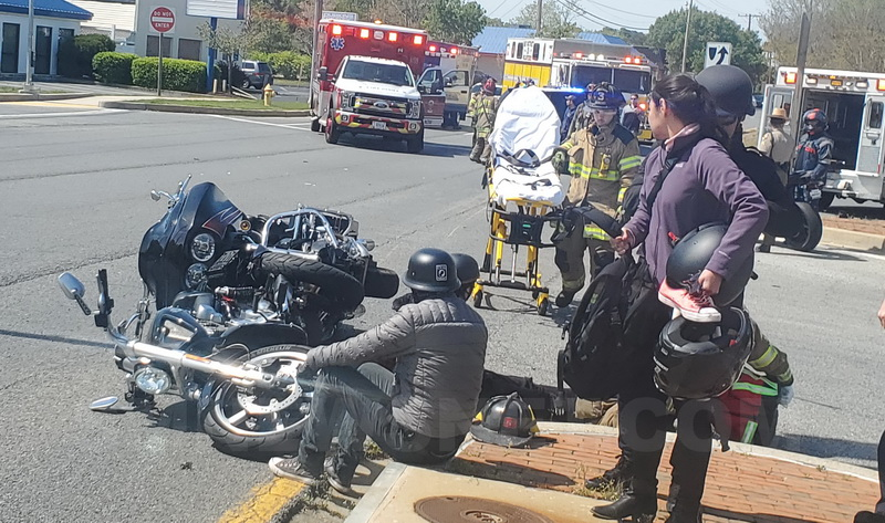 One Injured After Three Motorcycles Collide in Lexington Park