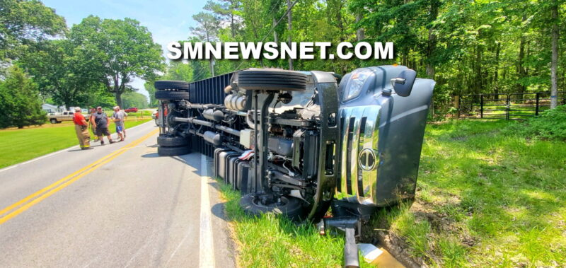 One Transported to Trauma Center After Box Truck Overturns in Avenue