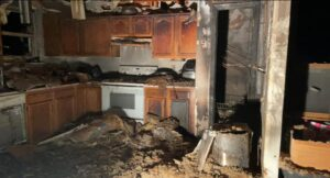 Firefighters Quickly Extinguish Early Morning Kitchen Fire in Mechanicsville, Seven Occupants Displaced