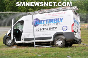 Minor Injuries Reported After Van Strikes Utility Pole in Lexington Park